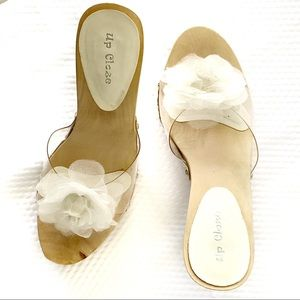 EUC-Up Cloze White Tulle Rose Clear Slip On Heels